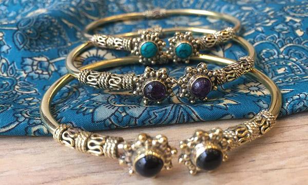 Comment nettoyer des bijoux ethniques en argent